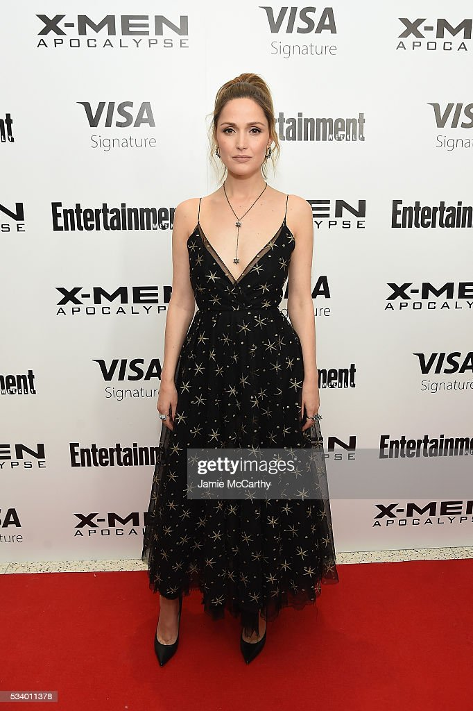 Actress <a gi-track='captionPersonalityLinkClicked' href=/galleries/search?phrase=Rose+Byrne&family=editorial&specificpeople=206670 ng-click='$event.stopPropagation()'>Rose Byrne</a> attends the 'X-Men Apocalypse' New York screening at Entertainment Weekly on May 24, 2016 in New York City.