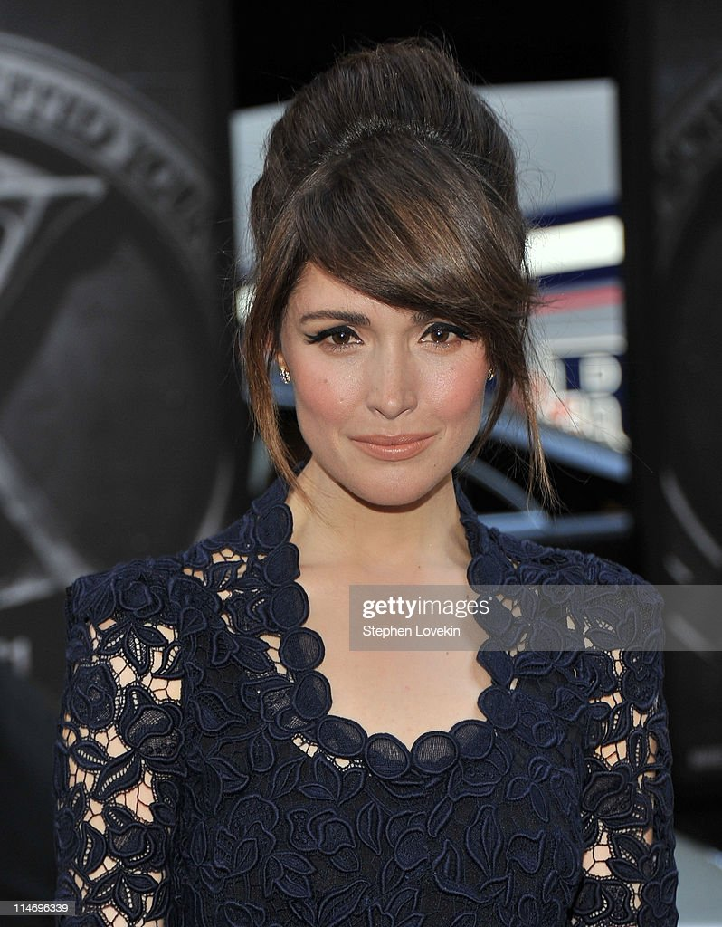 Actress Rose Byrne attends the 'X-Men: First Class' New York Premiere at the Ziegfeld Theatre on May 25, 2011 in New York City.