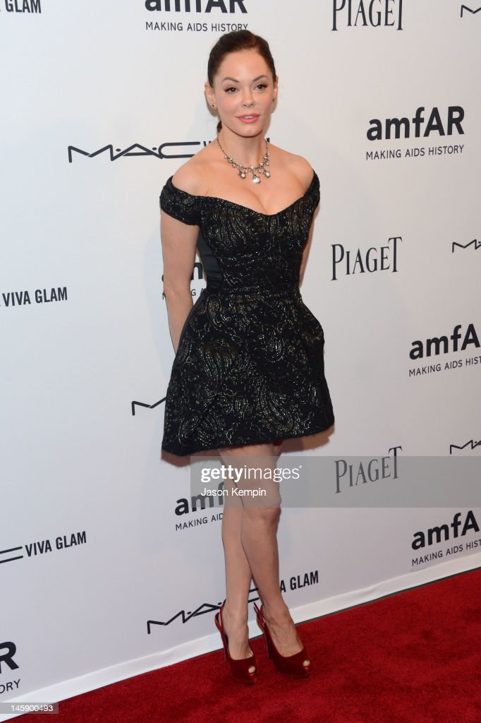 Actress <a gi-track='captionPersonalityLinkClicked' href=/galleries/search?phrase=Rose+McGowan&family=editorial&specificpeople=206451 ng-click='$event.stopPropagation()'>Rose McGowan</a> attends the 3rd annual amfAR Inspiration Gala New York at The New York Public Library - Stephen A. Schwarzman Building on June 7, 2012 in New York City.
