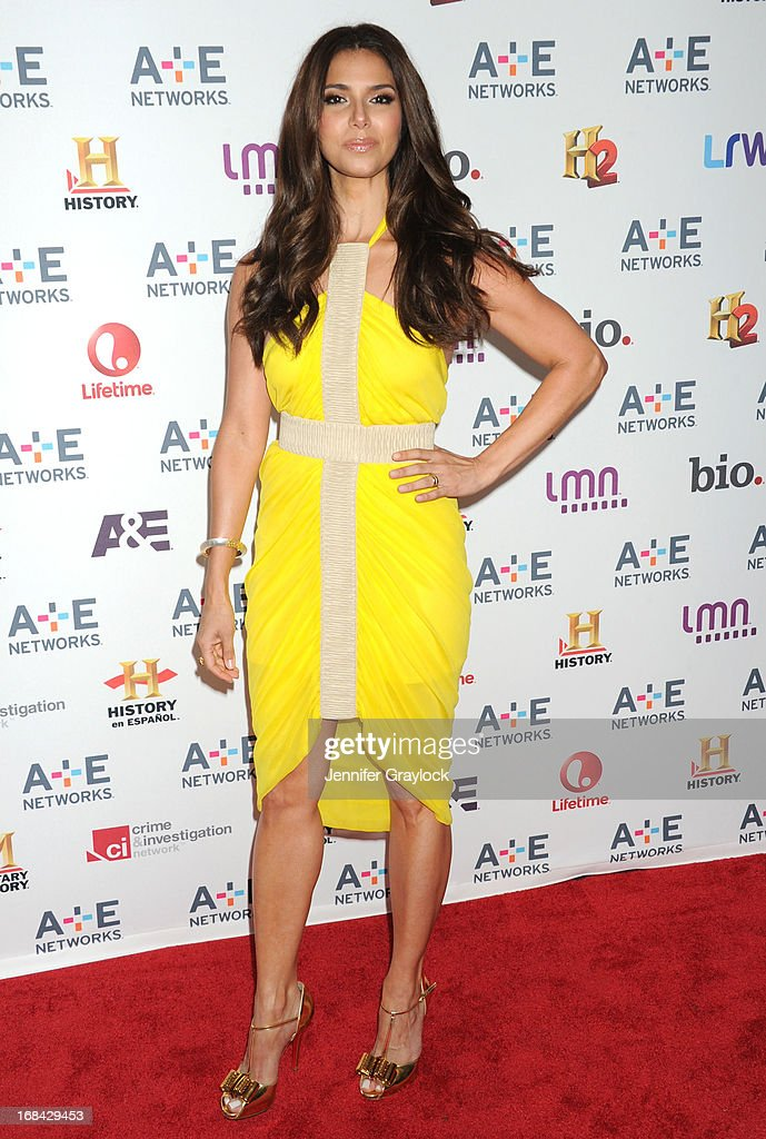 Actress <a gi-track='captionPersonalityLinkClicked' href=/galleries/search?phrase=Roselyn+Sanchez&family=editorial&specificpeople=202260 ng-click='$event.stopPropagation()'>Roselyn Sanchez</a> attends the A+E Networks 2013 Upfront at Lincoln Center on May 8, 2013 in New York City.