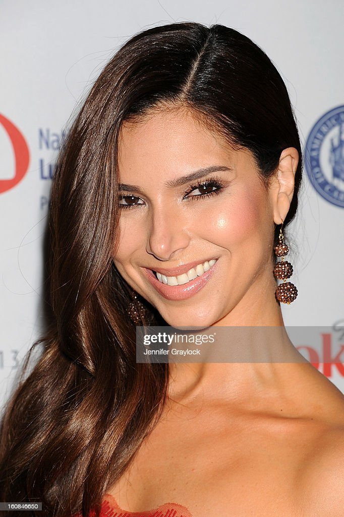 Actress <a gi-track='captionPersonalityLinkClicked' href=/galleries/search?phrase=Roselyn+Sanchez&family=editorial&specificpeople=202260 ng-click='$event.stopPropagation()'>Roselyn Sanchez</a> attends The Heart Truth 2013 Fashion at Hammerstein Ballroom on February 6, 2013 in New York City.