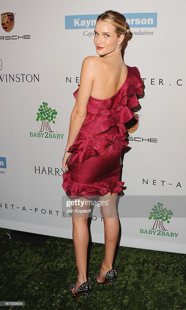 Actress <a gi-track='captionPersonalityLinkClicked' href=/galleries/search?phrase=Rosie+Huntington-Whiteley&family=editorial&specificpeople=2244343 ng-click='$event.stopPropagation()'>Rosie Huntington-Whiteley</a> arrives at the 2nd Annual Baby2Baby Gala at The Book Bindery on November 9, 2013 in Culver City, California.
