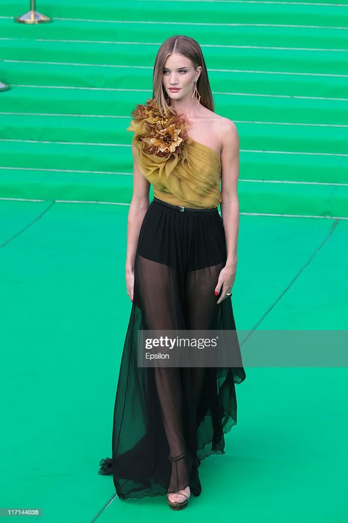 Actress Rosie Huntington-Whiteley arrives at the premiere of the 'Transformers: Dark of the Moon' during the 33d Moscow International Film Festival at Pushkinskiy Theatre on June 23, 2011 in Moscow, Russia.