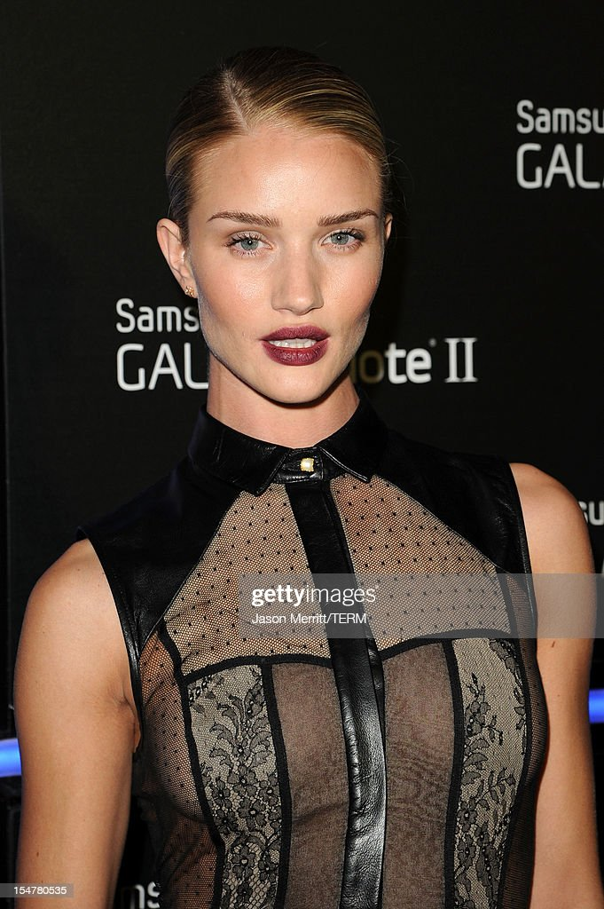 Actress Rosie Huntington-Whiteley attends the Samsung Galaxy Note II Beverly Hills Launch Party on October 25, 2012 in Los Angeles, California.