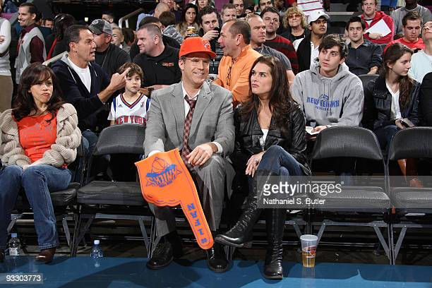 Actress Rosie Perez Actor Will Ferrell and actress Brooke Shields watch the New York Knicks go up against the Boston Celtics on November 22 2009 at...