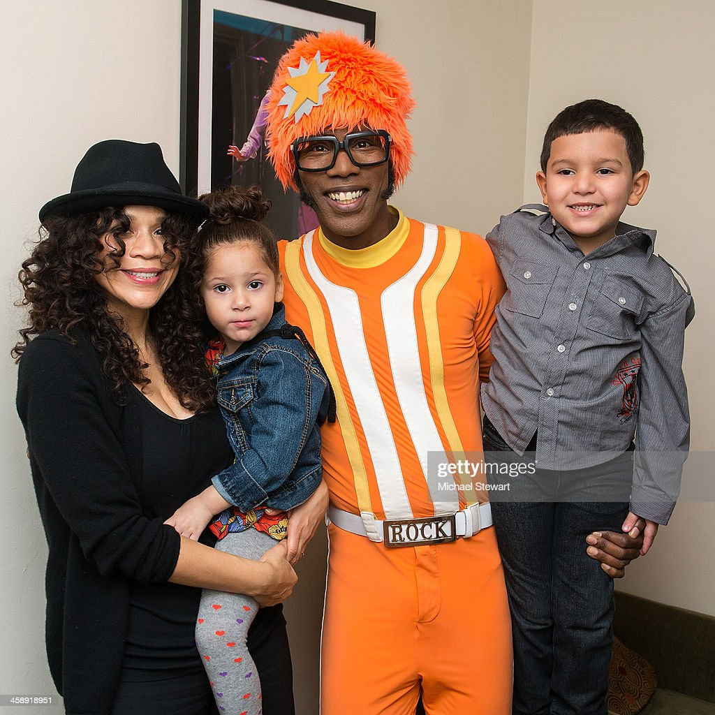 Actress <a gi-track='captionPersonalityLinkClicked' href=/galleries/search?phrase=Rosie+Perez&family=editorial&specificpeople=171833 ng-click='$event.stopPropagation()'>Rosie Perez</a> (L) and DJ Lance Rock with children attend 'Yo Gabba Gabba! Live!' at The Beacon Theatre on December 22, 2013 in New York City.