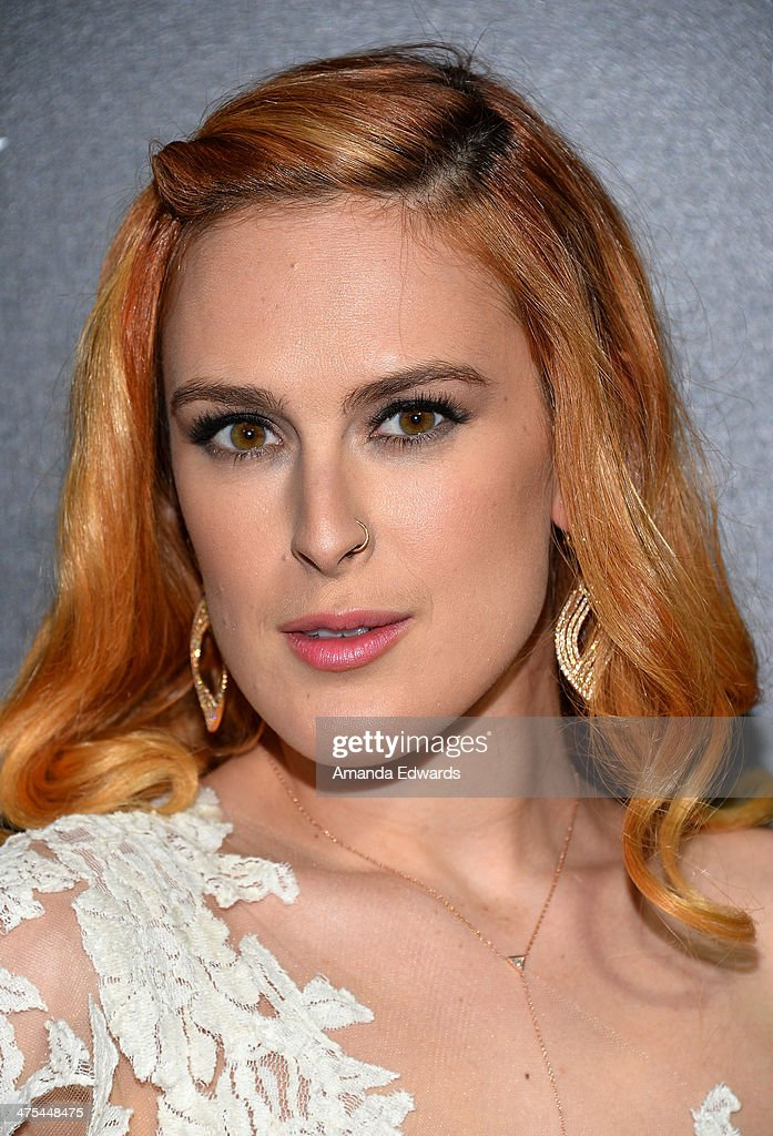 Actress <a gi-track='captionPersonalityLinkClicked' href=/galleries/search?phrase=Rumer+Willis&family=editorial&specificpeople=617003 ng-click='$event.stopPropagation()'>Rumer Willis</a> arrives at the Hollywood Domino's 7th Annual Pre-Oscar Charity Gala at Sunset Tower on February 27, 2014 in West Hollywood, California.
