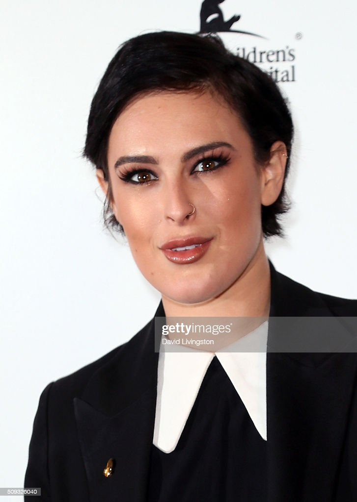 Actress <a gi-track='captionPersonalityLinkClicked' href=/galleries/search?phrase=Rumer+Willis&family=editorial&specificpeople=617003 ng-click='$event.stopPropagation()'>Rumer Willis</a> attends the Muses and Music party hosted by NYLON Magazine at No Vacancy on February 9, 2016 in Los Angeles, California.