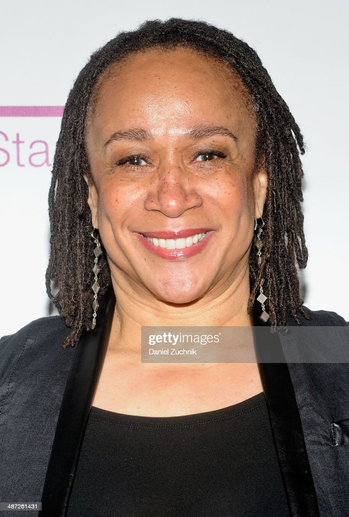Actress S Epatha Merkerson attends the Harlem Stage 2014 Spring Gala at Harlem Stage Gatehouse on April 28 2014 in New York City