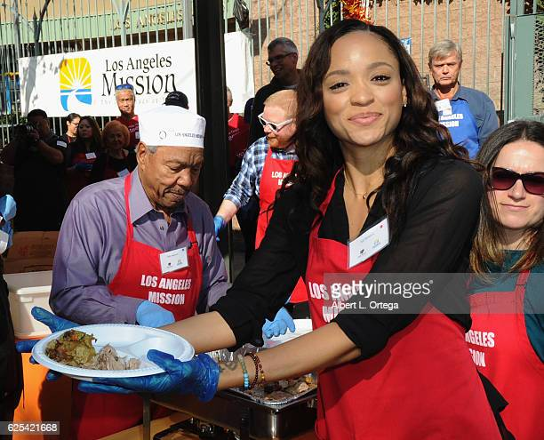 Actress Sal Stowers at the Los Angeles Mission Thanksgiving Meal For The Homeless held at Los Angeles Mission on November 23 2016 in Los Angeles...