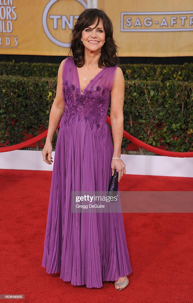Actress <a gi-track='captionPersonalityLinkClicked' href=/galleries/search?phrase=Sally+Field&family=editorial&specificpeople=206350 ng-click='$event.stopPropagation()'>Sally Field</a> arrives at the 19th Annual Screen Actors Guild Awards at The Shrine Auditorium on January 27, 2013 in Los Angeles, California.