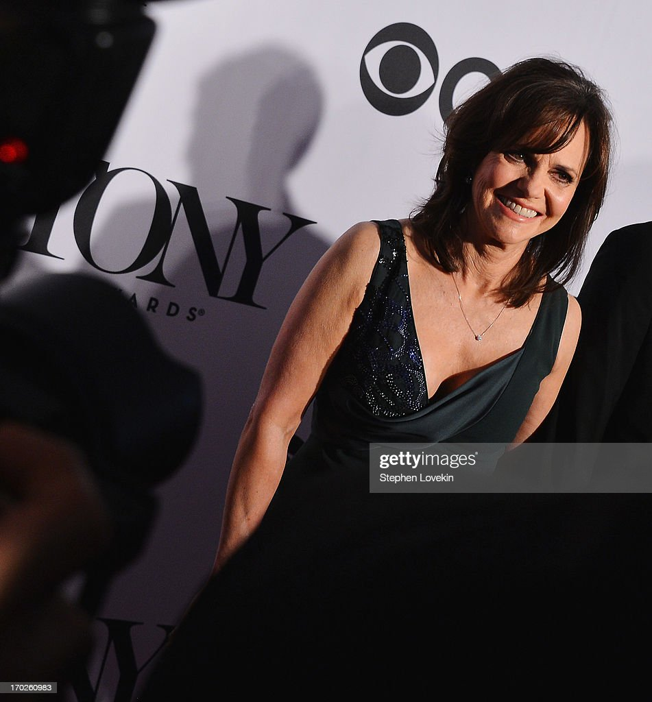Actress <a gi-track='captionPersonalityLinkClicked' href=/galleries/search?phrase=Sally+Field&family=editorial&specificpeople=206350 ng-click='$event.stopPropagation()'>Sally Field</a> attends The 2013 Tony Awards on June 9, 2013 in New York City.