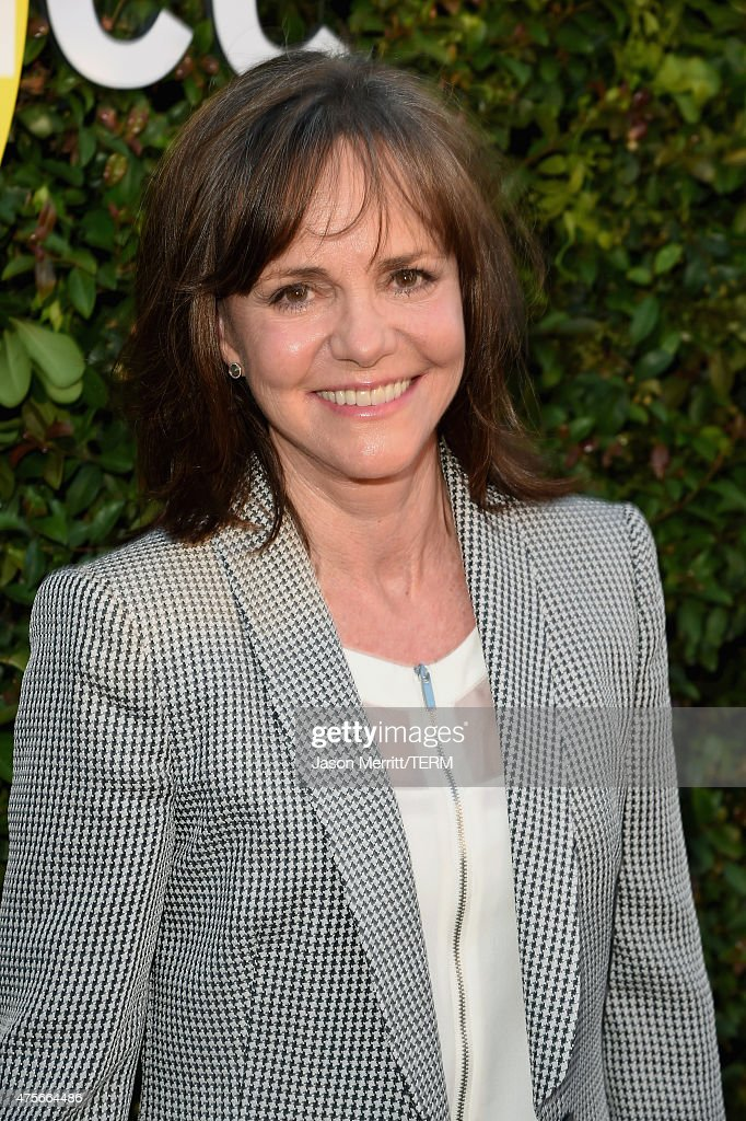 Actress <a gi-track='captionPersonalityLinkClicked' href=/galleries/search?phrase=Sally+Field&family=editorial&specificpeople=206350 ng-click='$event.stopPropagation()'>Sally Field</a> attends the 2015 Sundance Institute Celebration Benefit at 3LABS on June 2, 2015 in Culver City, California.