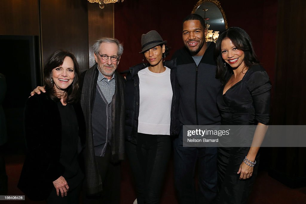 Actress <a gi-track='captionPersonalityLinkClicked' href=/galleries/search?phrase=Sally+Field&family=editorial&specificpeople=206350 ng-click='$event.stopPropagation()'>Sally Field</a>, director <a gi-track='captionPersonalityLinkClicked' href=/galleries/search?phrase=Steven+Spielberg&family=editorial&specificpeople=202022 ng-click='$event.stopPropagation()'>Steven Spielberg</a>, Nicole Murphy, <a gi-track='captionPersonalityLinkClicked' href=/galleries/search?phrase=Michael+Strahan&family=editorial&specificpeople=210563 ng-click='$event.stopPropagation()'>Michael Strahan</a> and actress <a gi-track='captionPersonalityLinkClicked' href=/galleries/search?phrase=Gloria+Reuben&family=editorial&specificpeople=213253 ng-click='$event.stopPropagation()'>Gloria Reuben</a> attend the special screening of <a gi-track='captionPersonalityLinkClicked' href=/galleries/search?phrase=Steven+Spielberg&family=editorial&specificpeople=202022 ng-click='$event.stopPropagation()'>Steven Spielberg</a>'s Lincoln at the Ziegfeld Theatre on November 14, 2012 in New York City.