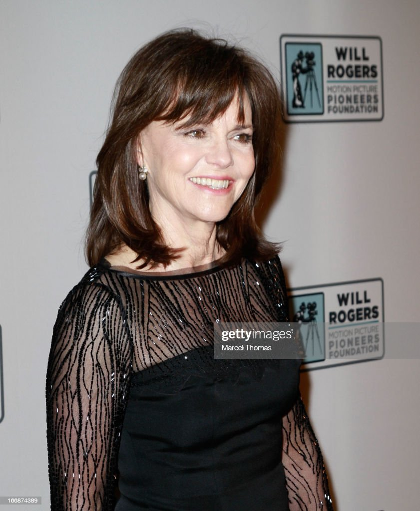 Actress <a gi-track='captionPersonalityLinkClicked' href=/galleries/search?phrase=Sally+Field&family=editorial&specificpeople=206350 ng-click='$event.stopPropagation()'>Sally Field</a>s arrives at a Will Rogers Motion Pictures Pioneers Foundation dinner honoring producer Kathleen Kennedy with the 2013 Pioneer of the Year Award during CinemaCon 2013 at Caesars Palace on April 17, 2013 in Las Vegas, Nevada.