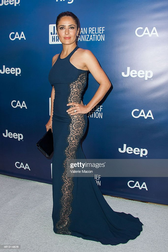 Actress <a gi-track='captionPersonalityLinkClicked' href=/galleries/search?phrase=Salma+Hayek&family=editorial&specificpeople=201844 ng-click='$event.stopPropagation()'>Salma Hayek</a> arrives at the 4th Annual Sean Penn & Friends HELP HAITI HOME Gala Benefiting J/P Haitian Relief Organization at Montage Hotel on January 10, 2015 in Los Angeles, California.