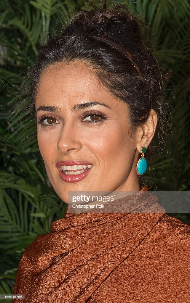 Actress <a gi-track='captionPersonalityLinkClicked' href=/galleries/search?phrase=Salma+Hayek&family=editorial&specificpeople=201844 ng-click='$event.stopPropagation()'>Salma Hayek</a> at 'Grown Ups 2' Photo Call at The 5th Annual Summer Of Sony at the Ritz Carlton Hotel on April 18, 2013 in Cancun, Mexico.