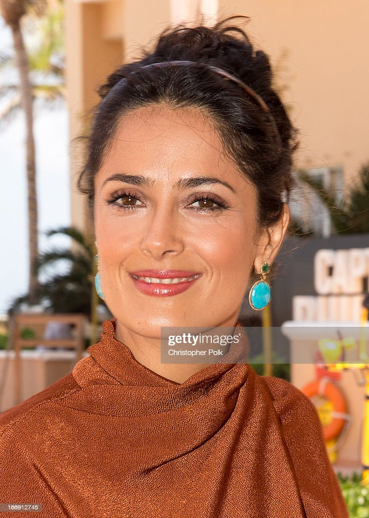 Actress <a gi-track='captionPersonalityLinkClicked' href=/galleries/search?phrase=Salma+Hayek&family=editorial&specificpeople=201844 ng-click='$event.stopPropagation()'>Salma Hayek</a> attends the 'Grown Ups 2' Photo Call at The 5th Annual Summer Of Sony at the Ritz Carlton Hotel on April 18, 2013 in Cancun, Mexico.