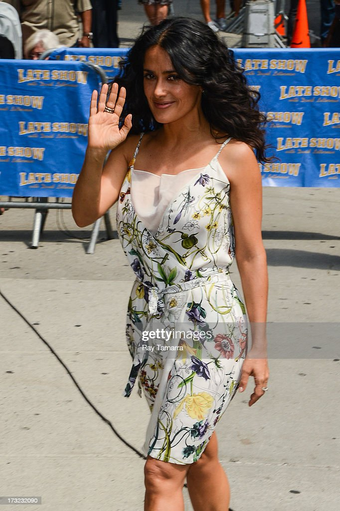 Actress <a gi-track='captionPersonalityLinkClicked' href=/galleries/search?phrase=Salma+Hayek&family=editorial&specificpeople=201844 ng-click='$event.stopPropagation()'>Salma Hayek</a> enters the 'Late Show With David Letterman' taping at the Ed Sullivan Theater on July 10, 2013 in New York City.