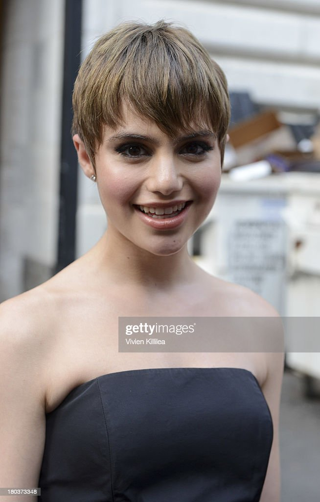 Actress <a gi-track='captionPersonalityLinkClicked' href=/galleries/search?phrase=Sami+Gayle&family=editorial&specificpeople=5053940 ng-click='$event.stopPropagation()'>Sami Gayle</a> arrives at the Marchesa runway show during Mercedes-Benz Fashion Week Spring 2014 at The New York Public Library on September 11, 2013 in New York City.