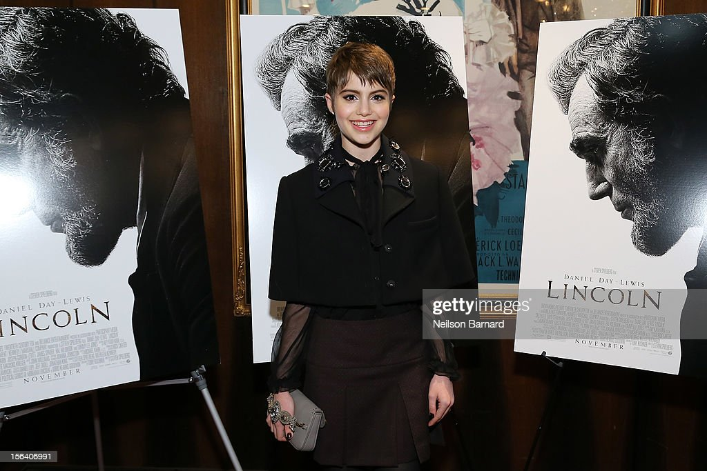 Actress <a gi-track='captionPersonalityLinkClicked' href=/galleries/search?phrase=Sami+Gayle&family=editorial&specificpeople=5053940 ng-click='$event.stopPropagation()'>Sami Gayle</a> attends the special screening of Steven Spielberg's Lincoln at the Ziegfeld Theatre on November 14, 2012 in New York City.