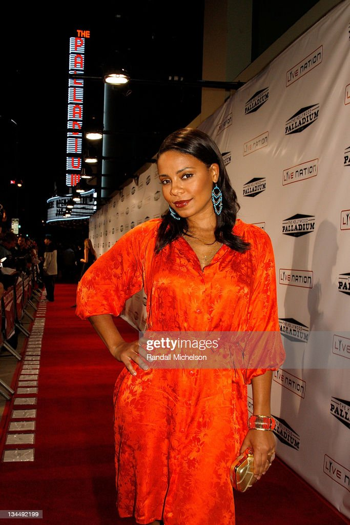 Actress <a gi-track='captionPersonalityLinkClicked' href=/galleries/search?phrase=Sanaa+Lathan&family=editorial&specificpeople=236021 ng-click='$event.stopPropagation()'>Sanaa Lathan</a> arrives at the Grand Reopening of The Hollywood Palladium with a Special Performance by Jay-Z on October 15, 2008 in Hollywood, California.