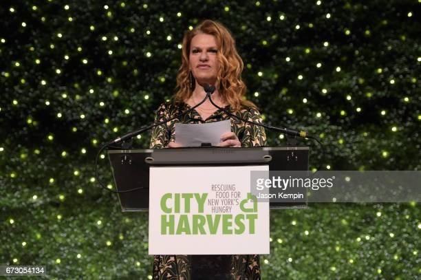 Actress Sandra Bernhard speaks onstage at the City Harvest's 23rd Annual Evening Of Practical Magic at Cipriani 42nd Street on April 25 2017 in New...