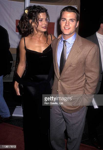 Actress Sandra Bullock and actor Chris O'Donnell attend the 'In Love and War' Los Angeles Premiere on January 20 1997 at the DGA Theatre in Los...
