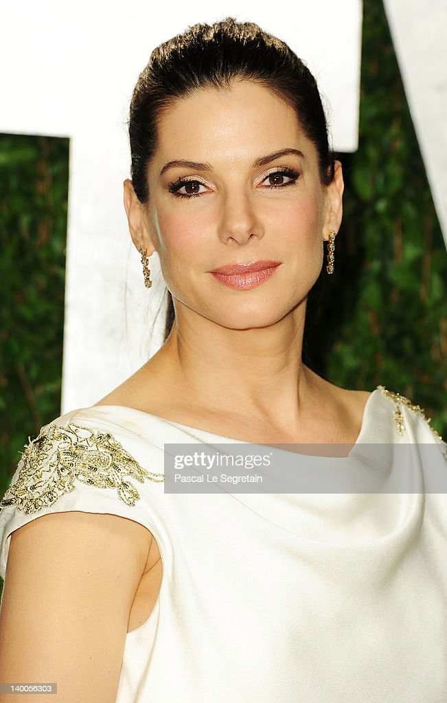 Actress Sandra Bullock arrives at the 2012 Vanity Fair Oscar Party hosted by Graydon Carter at Sunset Tower on February 26, 2012 in West Hollywood, California.