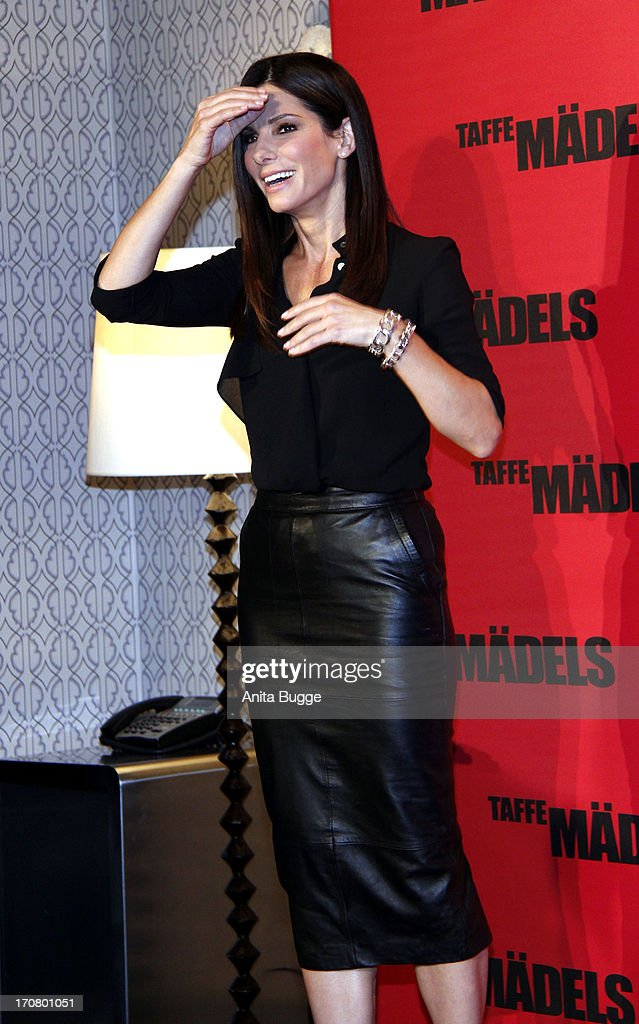 Actress <a gi-track='captionPersonalityLinkClicked' href=/galleries/search?phrase=Sandra+Bullock&family=editorial&specificpeople=202248 ng-click='$event.stopPropagation()'>Sandra Bullock</a> attends a 'Taffe Maedels' photocall at Hotel De Rome on June 18, 2013 in Berlin, Germany.