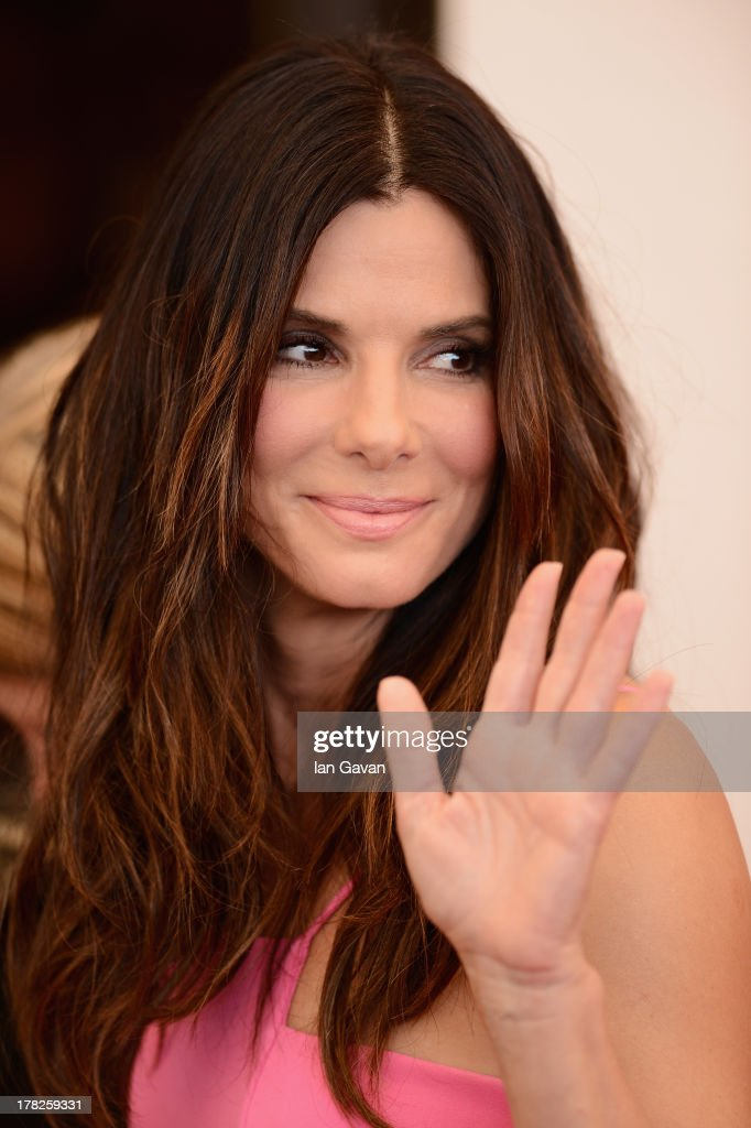 Actress <a gi-track='captionPersonalityLinkClicked' href=/galleries/search?phrase=Sandra+Bullock&family=editorial&specificpeople=202248 ng-click='$event.stopPropagation()'>Sandra Bullock</a> attends the 'Gravity' photocall during the 70th Venice International Film Festival at the Palazzo del Casino on August 28, 2013 in Venice, Italy.