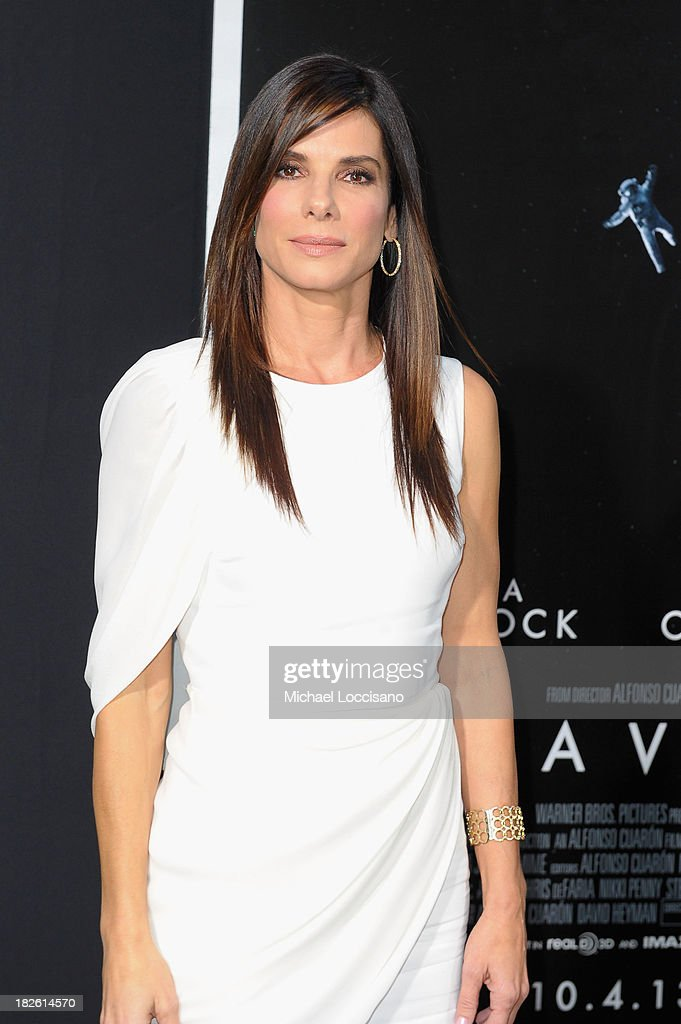 Actress <a gi-track='captionPersonalityLinkClicked' href=/galleries/search?phrase=Sandra+Bullock&family=editorial&specificpeople=202248 ng-click='$event.stopPropagation()'>Sandra Bullock</a> attends the 'Gravity' premiere at AMC Lincoln Square Theater on October 1, 2013 in New York City.