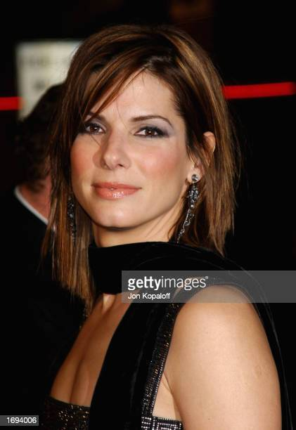 Actress Sandra Bullock attends the premiere of 'Two Weeks Notice' at the Mann Bruin Theater on December 18 2002 in Westwood California