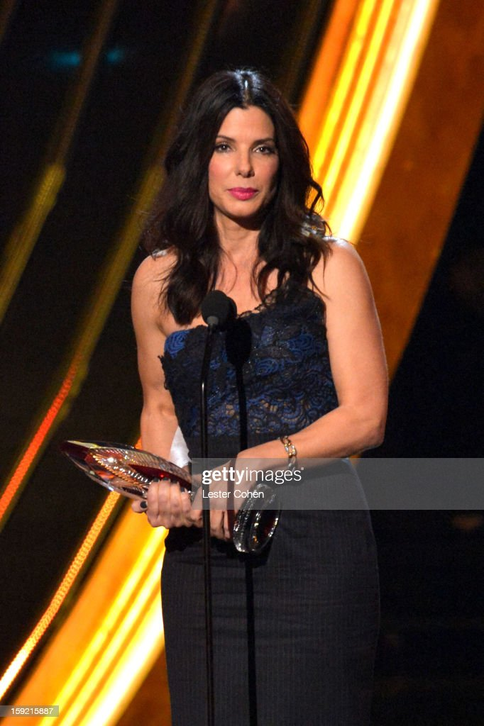 Actress <a gi-track='captionPersonalityLinkClicked' href=/galleries/search?phrase=Sandra+Bullock&family=editorial&specificpeople=202248 ng-click='$event.stopPropagation()'>Sandra Bullock</a> onstage during the 2013 People's Choice Awards at Nokia Theatre L.A. Live on January 9, 2013 in Los Angeles, California.
