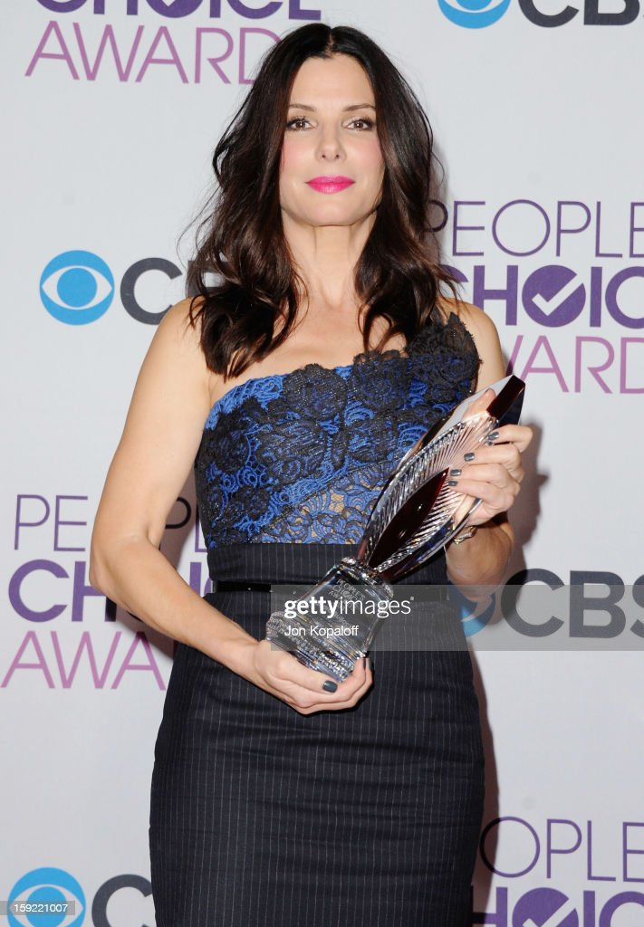 Actress Sandra Bullock poses in the pressroom at the 2013 People's Choice Awards at Nokia Theatre L.A. Live on January 9, 2013 in Los Angeles, California.