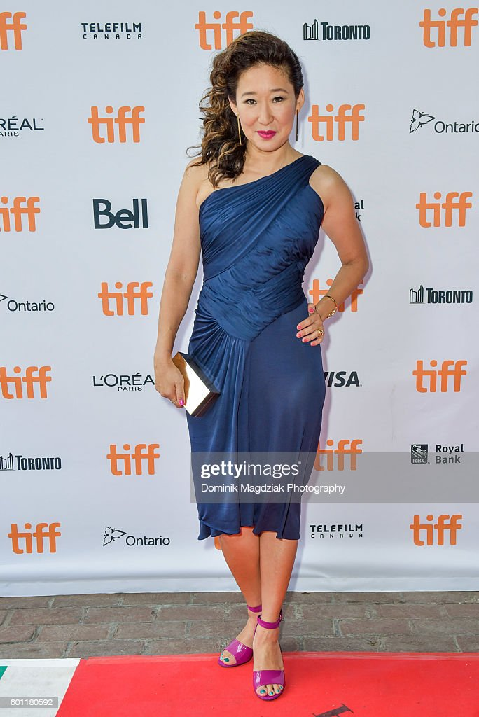 actress-sandra-oh-attends-the-catfight-premiere-during-the-2016-picture-id601180592
