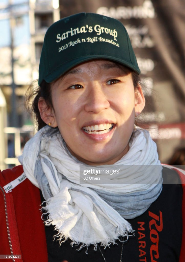 Actress <a gi-track='captionPersonalityLinkClicked' href=/galleries/search?phrase=Sandra+Oh&family=editorial&specificpeople=203096 ng-click='$event.stopPropagation()'>Sandra Oh</a> attends the Kaiser Permanente Rock 'N' Roll Pasadena half marathon benefiting CureMito! at Rose Bowl on February 17, 2013 in Pasadena, California.
