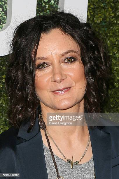 Actress Sara Gilbert arrives at the CBS CW Showtime Summer TCA Party at the Pacific Design Center on August 10 2016 in West Hollywood California