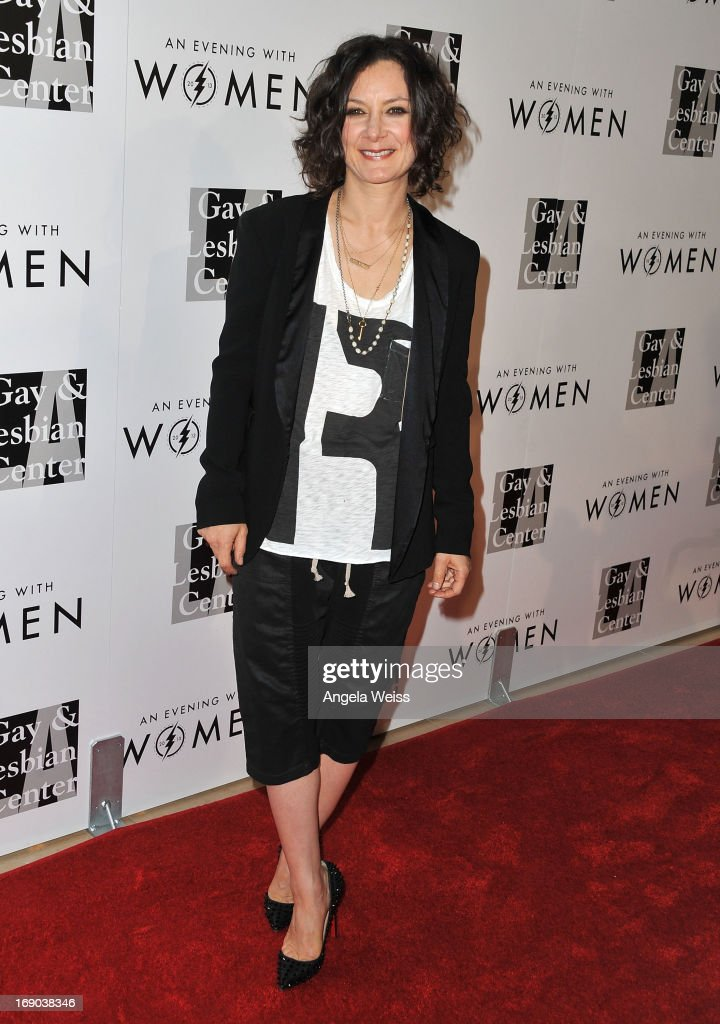 Actress Sara Gilbert arrives at the L.A. Gay & Lesbian Center's 2013 'An Evening With Women' Gala at The Beverly Hilton Hotel on May 18, 2013 in Beverly Hills, California.