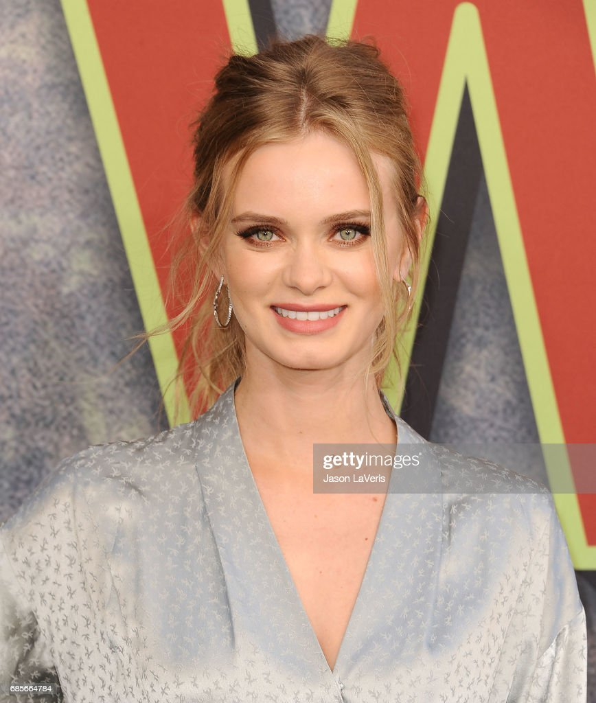 Actress Sara Paxton attends the premiere of 'Twin Peaks' at Ace Hotel on May 19, 2017 in Los Angeles, California.