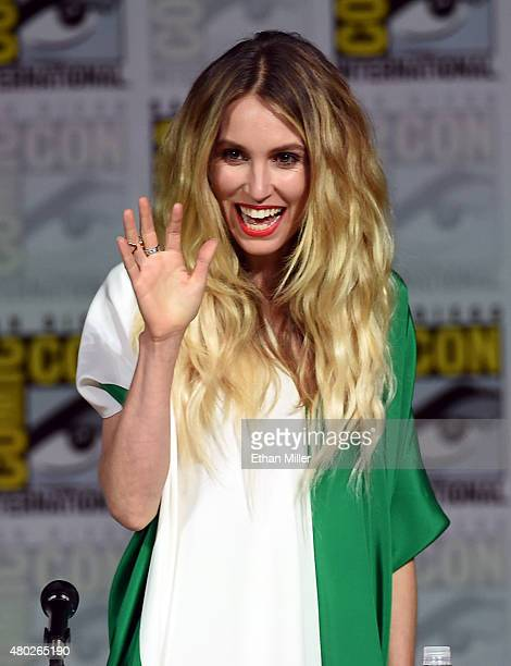 Actress Sarah Carter speaks onstage at the 'Falling Skies' The Farewell panel during ComicCon International 2015 at the San Diego Convention Center...