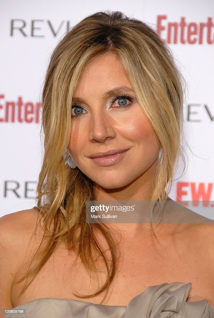 Actress Sarah Chalke arrives at Entertainment Weekly's 5th Annual Emmy Celebration at Opera/Crimson on September 15 2007 in Los Angeles California