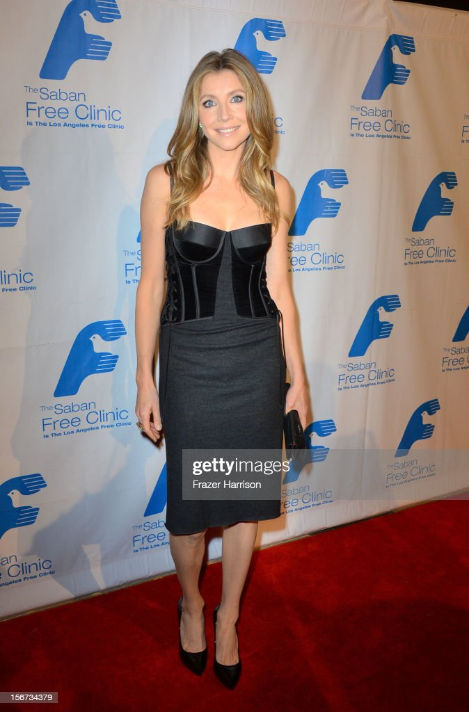 Actress Sarah Chalke arrives at The Saban Free Clinic's Gala Honoring ABC Entertainment Group President Paul Lee and Bob Broder at The Beverly Hilton Hotel on November 19, 2012 in Beverly Hills, California.