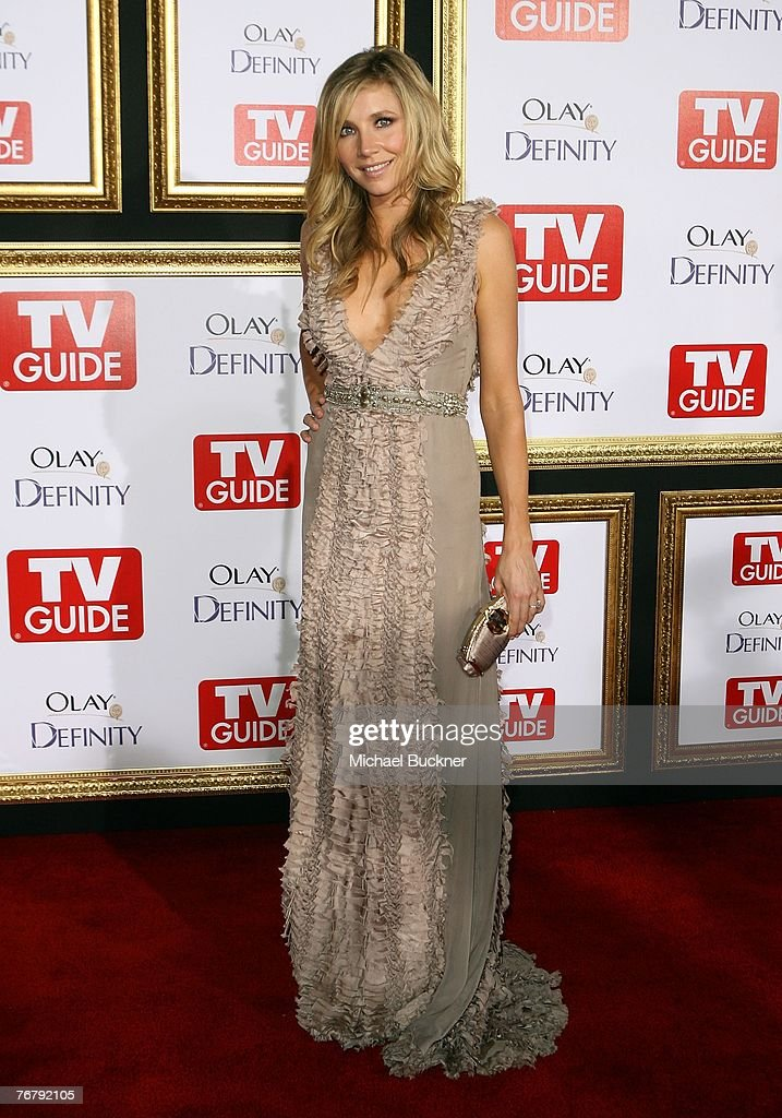 Actress Sarah Chalke arrives at TV Guide's 5th Annual Emmy Party September 16, 2007 in Los Angeles.