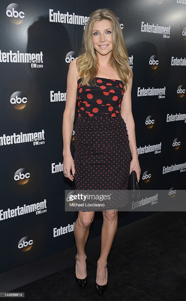 Actress Sarah Chalke attends the Entertainment Weekly & ABC-TV Up Front VIP Party at Dream Downtown on May 15, 2012 in New York City.