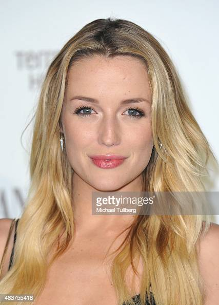 Actress Sarah Dumont attends the Vanity Fair And Fiat Toast To 'Young Hollywood' in support of the Terrence Higgins Trust at No Vacancy on February...