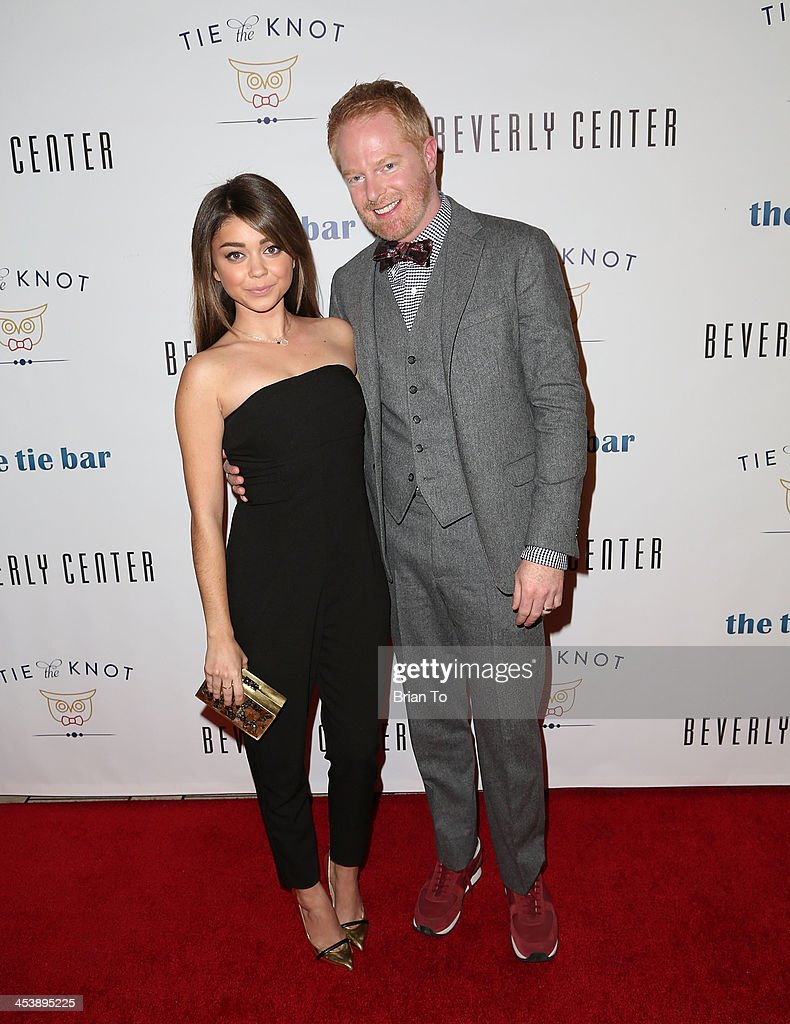 Actress <a gi-track='captionPersonalityLinkClicked' href=/galleries/search?phrase=Sarah+Hyland&family=editorial&specificpeople=3989646 ng-click='$event.stopPropagation()'>Sarah Hyland</a> and actor <a gi-track='captionPersonalityLinkClicked' href=/galleries/search?phrase=Jesse+Tyler+Ferguson&family=editorial&specificpeople=633114 ng-click='$event.stopPropagation()'>Jesse Tyler Ferguson</a> attend Tie The Knot Pop-Up Store at The Beverly Center on December 5, 2013 in Los Angeles, California.