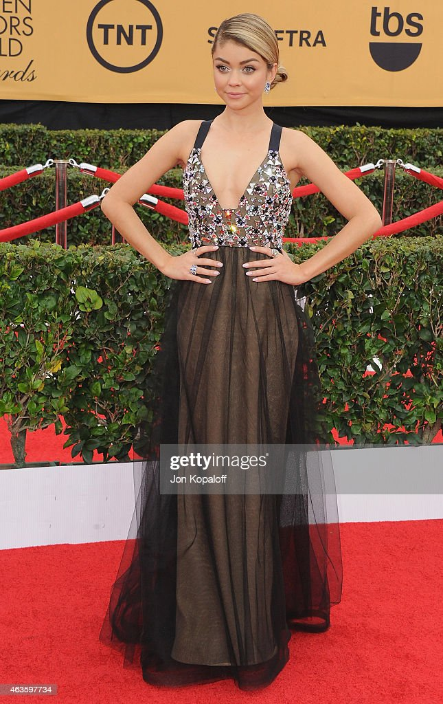 Actress Sarah Hyland arrives at the 21st Annual Screen Actors Guild Awards at The Shrine Auditorium on January 25, 2015 in Los Angeles, California.