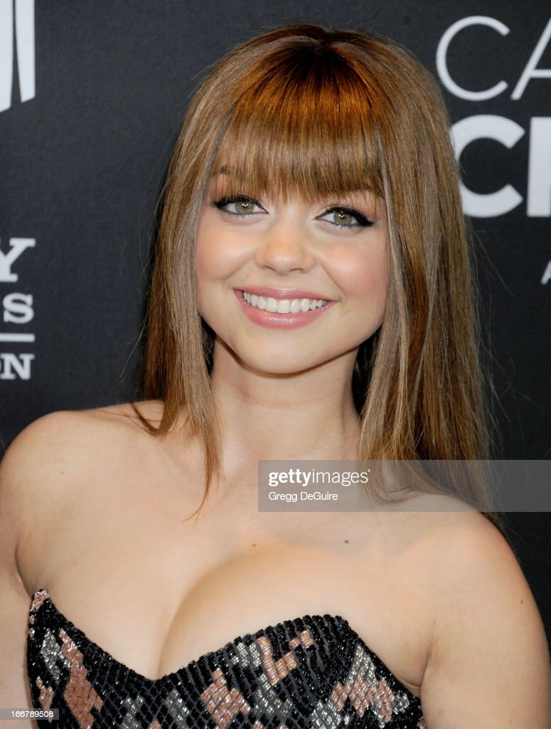 Actress <a gi-track='captionPersonalityLinkClicked' href=/galleries/search?phrase=Sarah+Hyland&family=editorial&specificpeople=3989646 ng-click='$event.stopPropagation()'>Sarah Hyland</a> arrives at the Lifetime movie premiere of 'Call Me Crazy: A Five Film' at Pacific Design Center on April 16, 2013 in West Hollywood, California.