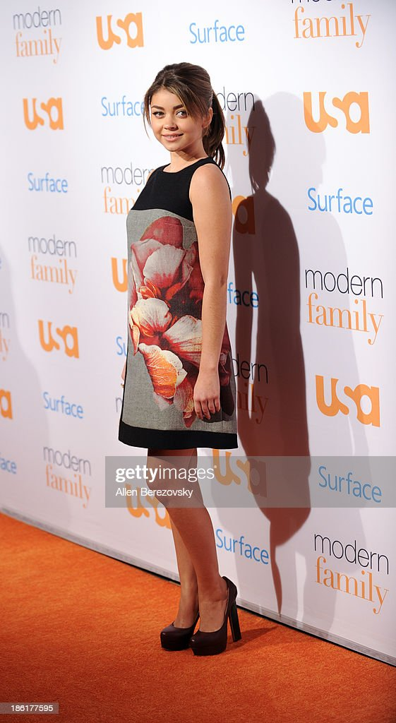 Actress Sarah Hyland arrives at the 'Modern Family' Fan Appreciation Day hosted by USA Network at Westwood Village on October 28, 2013 in Los Angeles, California.